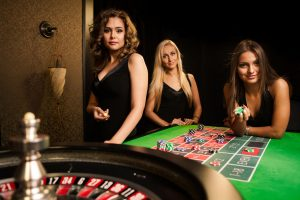 Enjoy the traditional gameplay in the online casinos by using the autoplay button