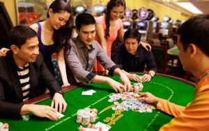 Online casino vs. Traditional casino: which one to choose?