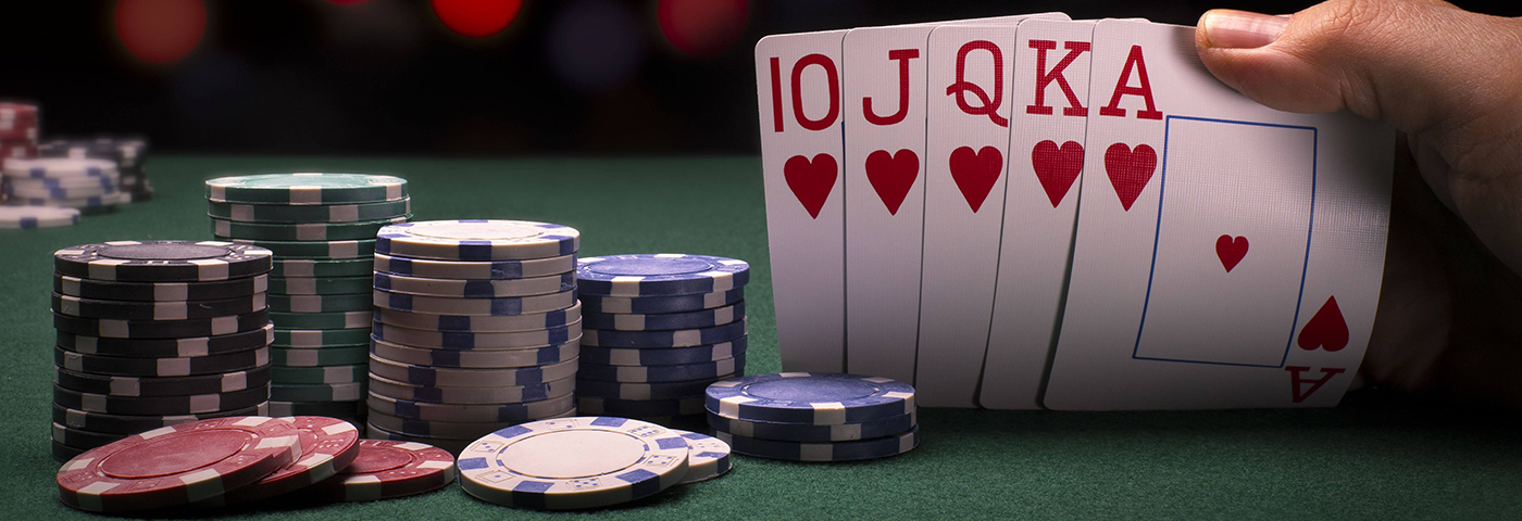 Why choose Dewa poker to play online games?