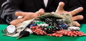 4 Reasons Why More And More People Are Into Online Casino Gaming