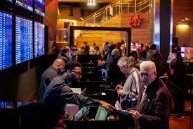 Playing Online Slot Machines